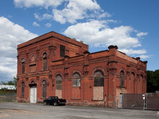There remains vestiges of the past, like the former Rochester Brewing Co. building on Cliff Street. The northern half of the building was destroyed by fire in 1985. The surviving structure dates from 1870.