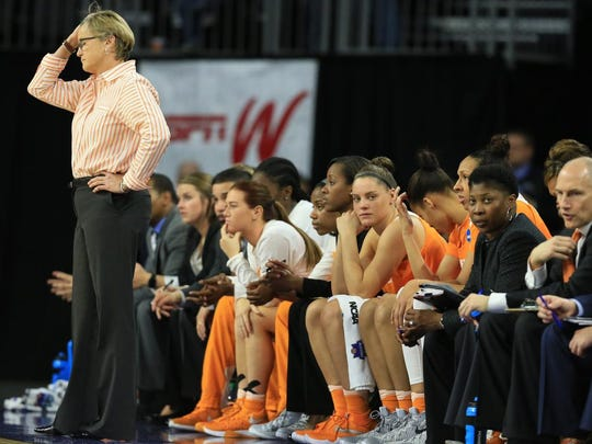 Tennessee coach Holly Warlick follows the last minutes