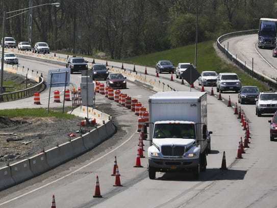 A look over the construction at the Lyell Avenue exit
