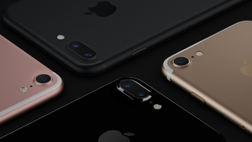 iPhones now start with 32 GB of storage.