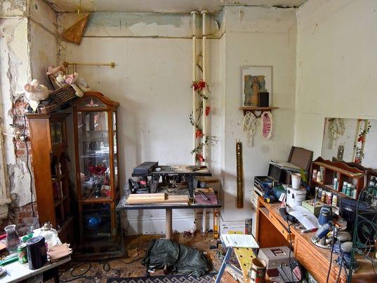 Grate-apartment-1.jpg