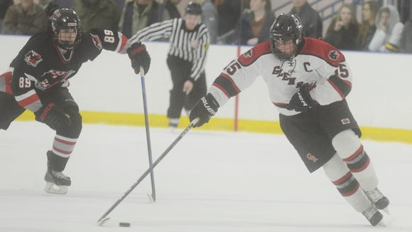 Glen Rock's Jake Kinney (15) and Northern Highlands' Henry Riccitelli (89) in action during the Big North Gold Cup hockey final on Feb. 17. Kinney leads the five-time Cup champion Panthers in goals and assists.