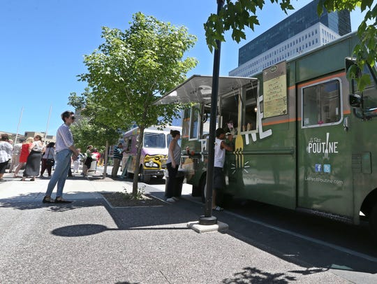 Le Petit Poutine food truck serves up hot lunch to
