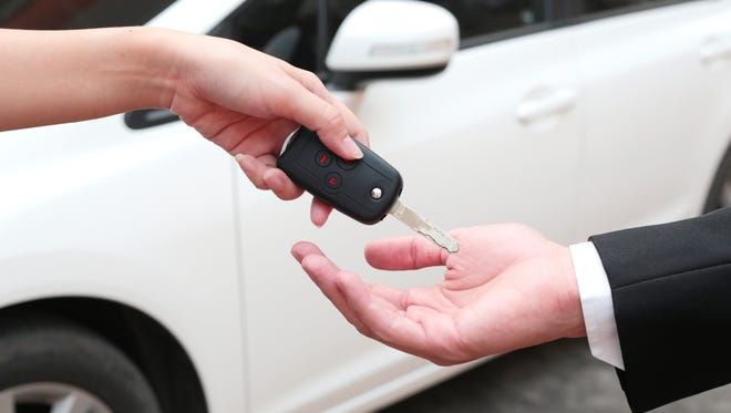 Selling your car online is a wonderful convenience, but it's also become a feeding ground for scammers. The good news is that with a few precautions, you can avoid these traps.