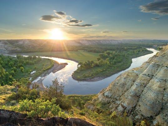 Little Missouri River_North Dakota Tourism_Gerald Blank