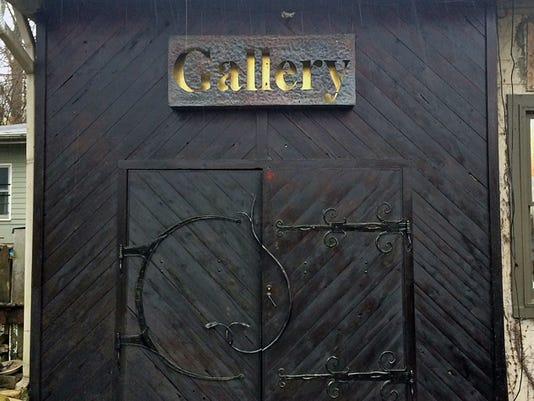 635934750923652753-Kaviar-Gallery-reopening-gallery-doors-small..jpg
