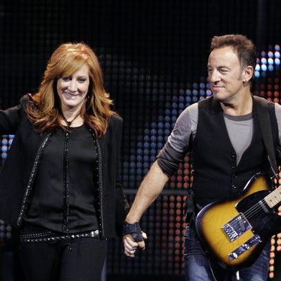 Bruce Springsteen and Patti Scialfa at Giants Stadium