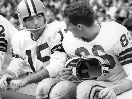 """I was in almost every huddle for nine years,"" says Boyd Dowler (right), pictured on the sideline with Bart Starr. ""I don't remember Bart ever making a bad call. ... He had an unusual instinct for doing the right thing."""
