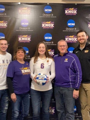 Emma Curry, center, will continue her education and volleyball career as a member of the Prairie Fire at Knox College.