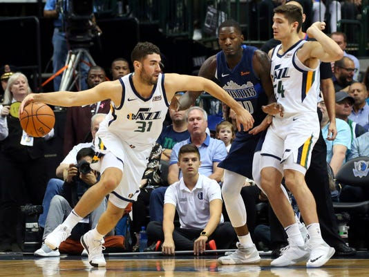 Jazz_Mavericks_Basketball_91192.jpg