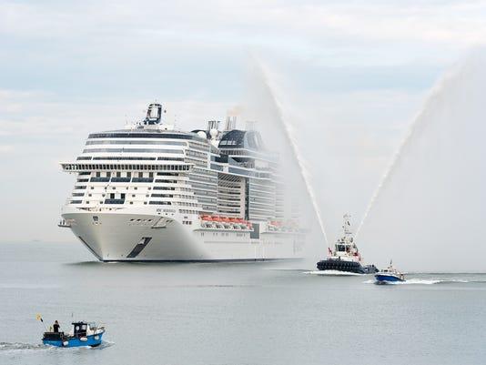 636323347523490840-MSC-Meraviglia-arrives-at-Le-Havre-Port-to-be-christened.jpg