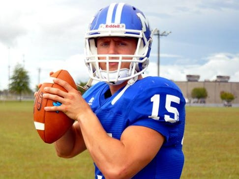 Macon County quarterback Seth Carlisle