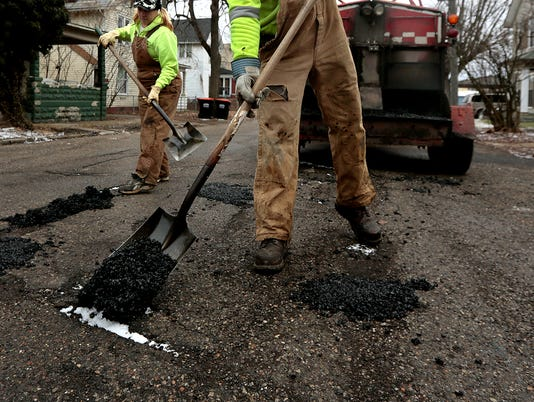 NEW 011514 Pothole Patching 01jp.JPG