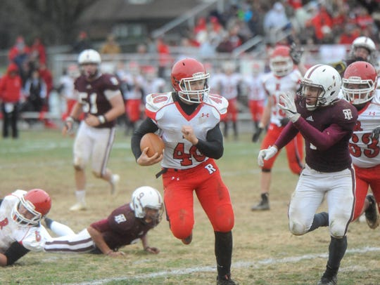 Harrison Schaefer rushed for 180 yards and four touchdowns as the Gladiators routed Galax in the 2016 Group 1A state semifinals.