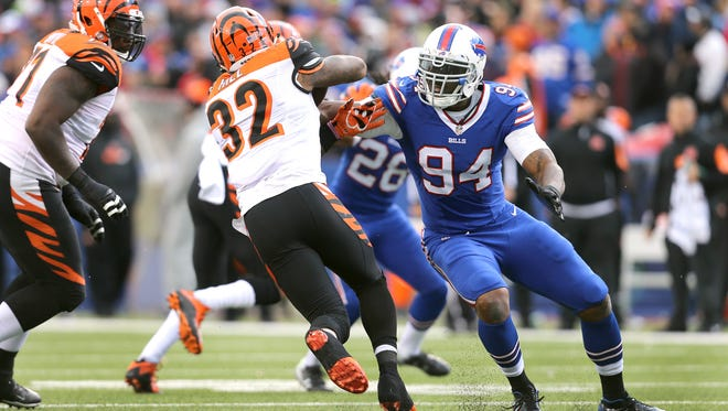 Keuka College Wolfpack defensive end Mario Williams in action with the Bills. Or was it the N.C. State Wolfpack?