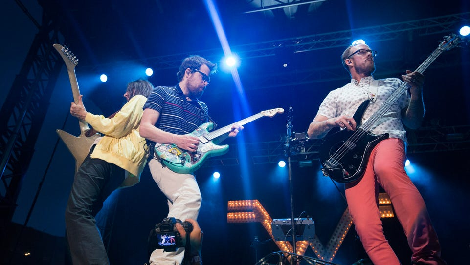 Weezer performing at the 2015n80/35 music festival