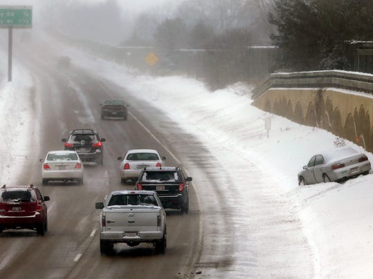 -APC Snow and Cold 0748 012214wag.jpg_20140122.jpg