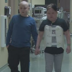 12-year-olds fall in love while fighting cancer