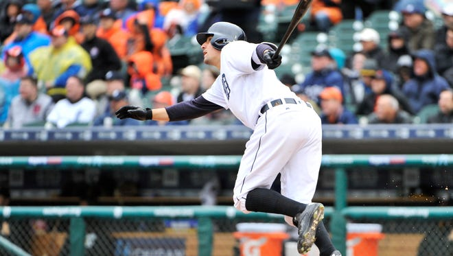Tigers' Nick Castellanos doubles to score Miguel Cabrera in the third inning to make it 4-1 Tigers. Castellanos went 2-for-3.