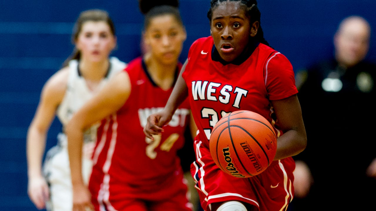Video from the Farragut vs West girls game