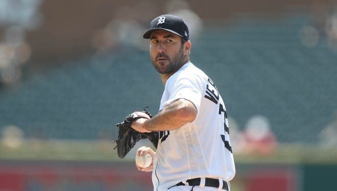 Justin Verlander pitches against the Dodgers in the first inning Sunday, Aug. 20, 2017 at Comerica Park.