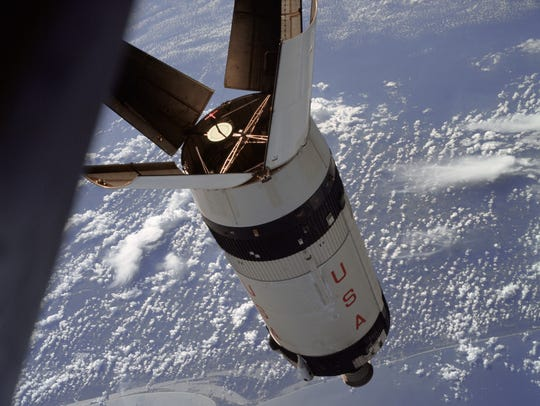 On Apollo 7, the panels were left attached to the upper