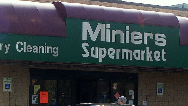 Minier's in Big Flats will hold an open house Saturday to celebrate its newly remodeled plaza.