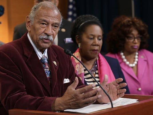 House Democrats Call For Immediate Confirmation Vote For Loretta Lynch