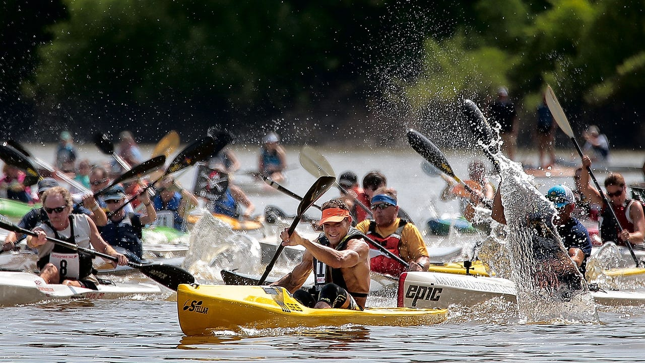 Some 400 paddlers of all skill levels turned out to traverse the short trip along Mud Island to Mississippi River Park during the 36th annual Outdoors Inc. Canoe and Kayak Races.