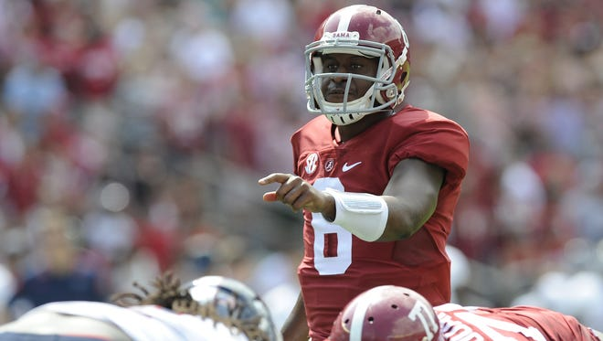 PHOTOS BY MICKEY WELSH/ADVERTISER Alabama quarterback Blake Sims threw for two touchdowns and ran for a touchdown against Florida Atlantic. Alabama quarterback Blake Sims (6) against Florida Atlantic at Bryant Denny Stadium in Tuscaloosa, Ala. on Saturday September 6, 2014.
