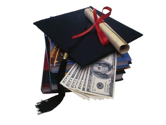635671592275077647-DFP-Tompor-college-debt-hurdles-ILLUSTRATION-PRESTO