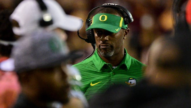 Sep 23, 2017; Tempe, AZ, USA; Oregon Ducks head coach Willie Taggart looks on during the second half against the Arizona State Sun Devils at Sun Devil Stadium. Mandatory Credit: Matt Kartozian-USA TODAY Sports