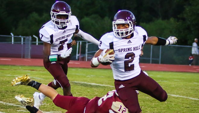 Spring Hill back Dontae Smith, #2, runs during the game against Riverdale on Friday, Sept 8, 2017.