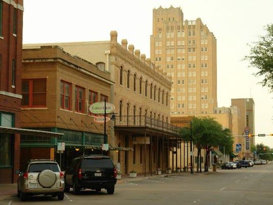 #ARNgenAbi-downtownscene.jpg