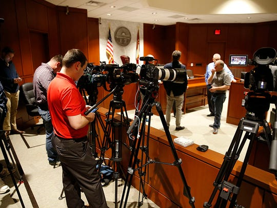 Media pack Donald Oda's Warren County Courtroom for