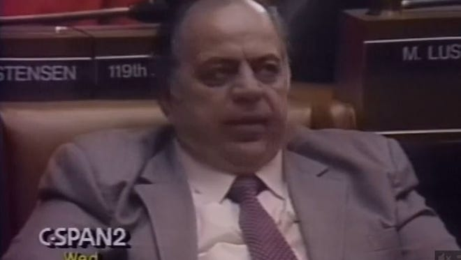 Then-Assemblyman Anthony Seminerio rolls his eyes as then-Gov. Mario Cuomo proposes suspending lawmakers' pay for late budgets in 1992.
