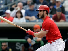 Phils' Harper hits first HRs; 'Cutch, Realmuto also go deep