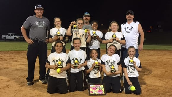 The HV Elite 10 and under softball team.