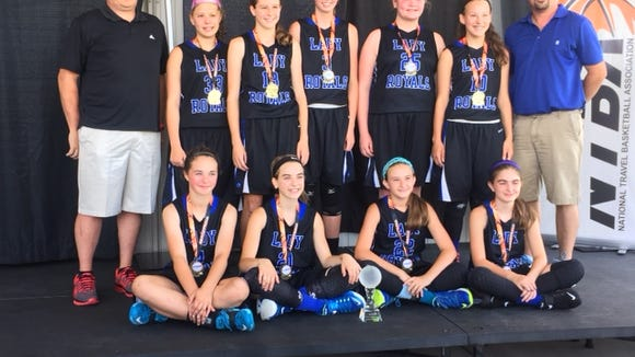 The WNC Lady Royals 6th grade team