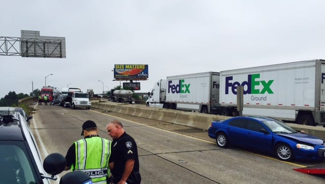 Bossier City police work a crash involving four vehicles on I20 Eastbound.