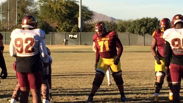 Steve Miller (71) is among several young offensive linemen who will have a chance to play for Arizona State in 2016.