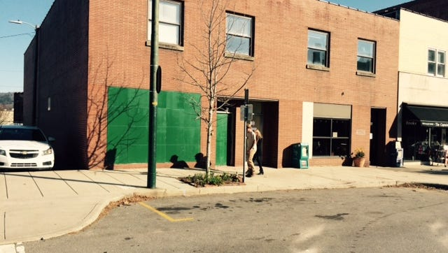 A leak that led to a wiring problem caused the city to shut down the Sister Cities building on Page Avenue last week.