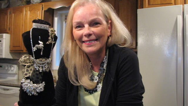 "Marilyn Visakay, a historian and collector of costume jewelry, will be presenting ""Costume Jewelry: A Cultural Stroll Through the Decades"" at the Warren Township library on Thursday at 7 p.m."