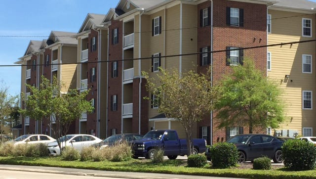 The complex on 1400 Bertrand drive where a Baton Rouge man was shot and killed.
