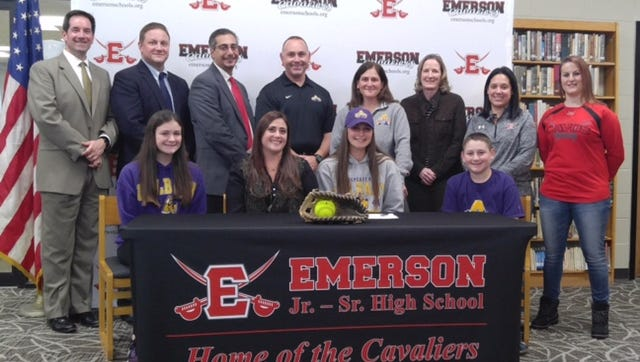 Now this is a Signing Day photo, look at all the people! Emerson HS senior first baseman Katie Falotico signed with Albany. Joining her First Row L-R) Brian Gatens, Brian Hutchinson, Gus Paleoudis, Gerry Falotico, Sharon Falotico, Nancy Graf, Michelle Rossi, Christina Cohen (Second Row L-R) Jamie Falotico, Karen Biondo, Katie and Jake Falotico.
