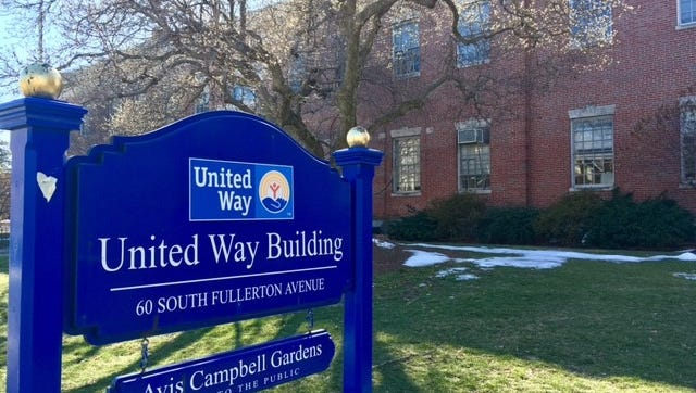 The Family Service League of Montclair will present a therapy workshop on Friday, March 31, in the United Way Building, 60 South Fullerton Ave.