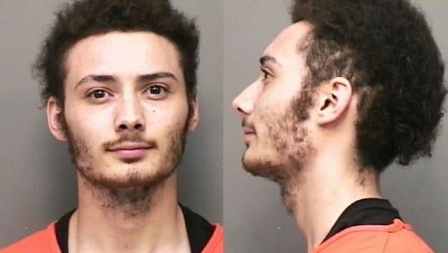 Derek Rowan, of Clarksville, Tn., Robbery - aggravated; arrest - evading arrest. 05/23/17