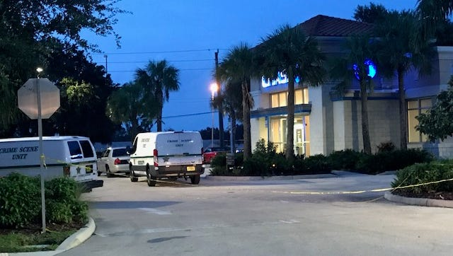 Southwest Florida Crime Stoppers is asking for the public's help identifying and tracking down an unknown suspect who robbed the Chase Bank, located at 6870 Daniels Parkway, just after 5 p.m. Monday.