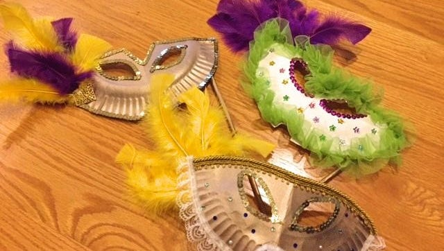 Make Mardi Gras masks out of an ordinary paper plate!