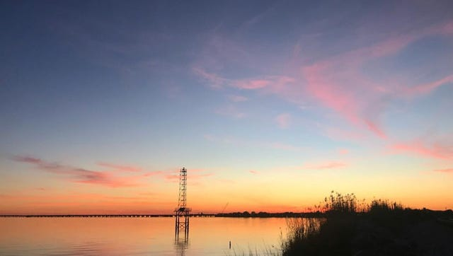 Sunset on Escambia Bay along Scenic Bluffs on Pickens Avenue.